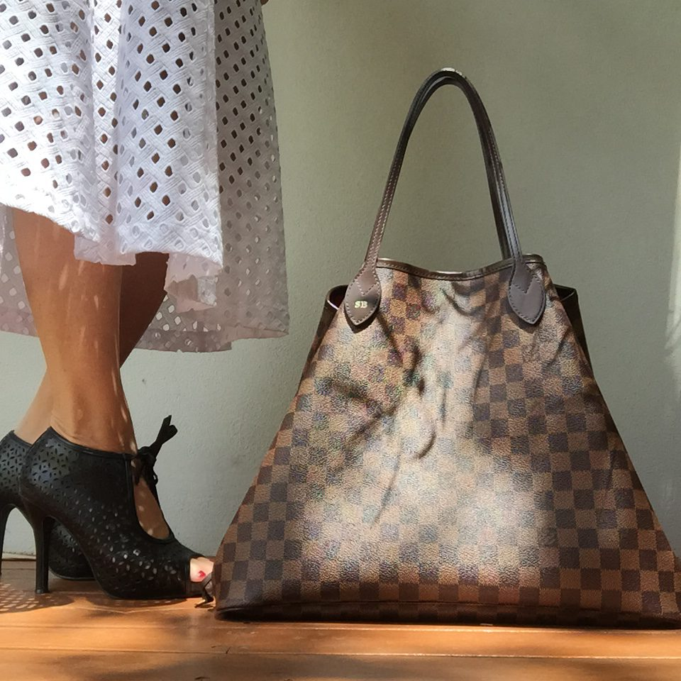 Louis Vuitton Neverfull travel tote