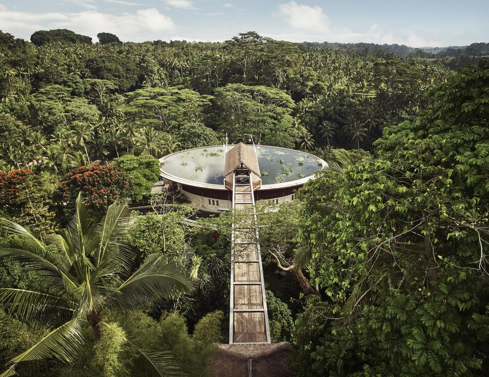 Amazing architecture and luxury spa at the Four Seasons Ubud