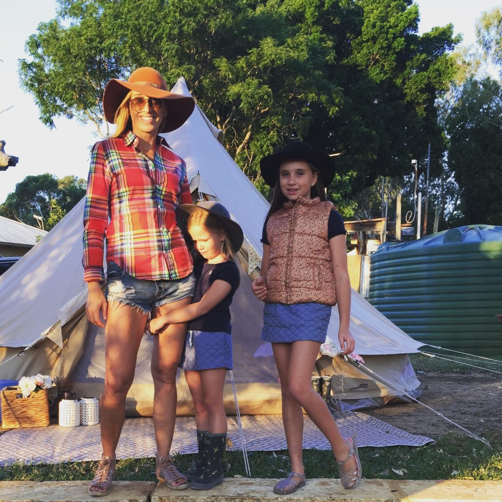 Glamping – glamorous camping in Western Australia Under the Little Top